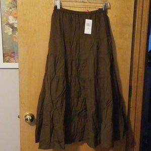 Women's plus sized skirt
